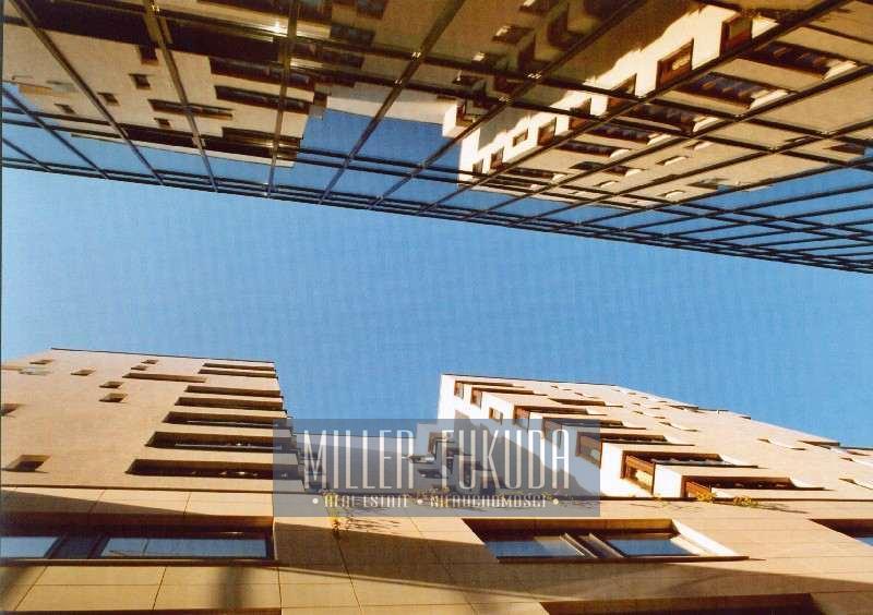 Nutzfläche zum Verkauf - Warszawa, Śródmieście, Grzybowska Strasse (Immobilien MIF11054)
