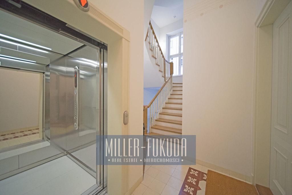 Wohnung Zu Mieten - Warszawa, Śródmieście, Stanisława Noakowskiego Strasse (Immobilien MIF20949)